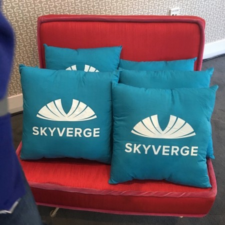 WooConf SkyPillows